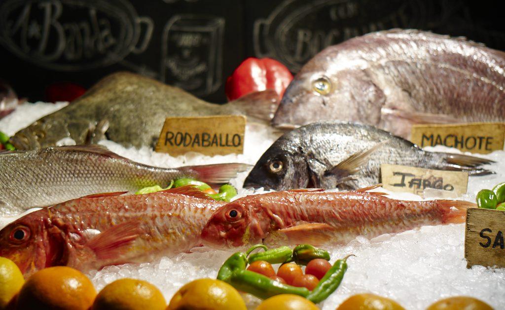 Los pescados en el mostrador de El Machi